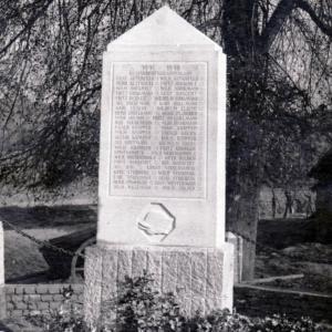 Das Kriegerdenkmal 1914-1918 in Holthausen. Foto: Stadtarchiv Hattingen