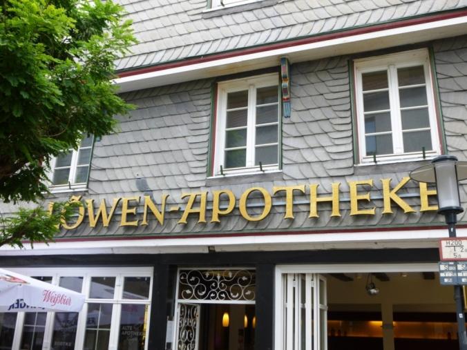 Löwen-Apotheke an der St. Georgs-Straße. Foto: LRF