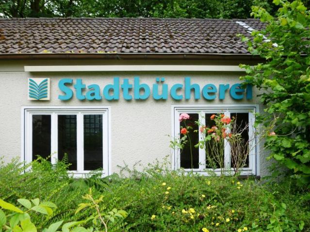 Stadtbücherei an der Bredenscheider Straße. Foto: LRF