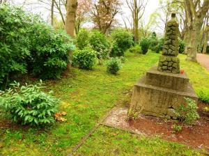 Die Situation auf dem Friedhof Waldstraße Anfang April 2014. Foto:  Lars Friedrich