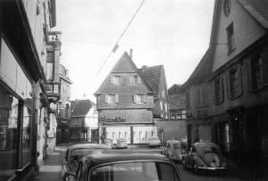 """Die Umrisse von """"Betten Lubs"""" (Bruchstraße 4) werden wieder sichtbar. Foto: VintageHAT"""