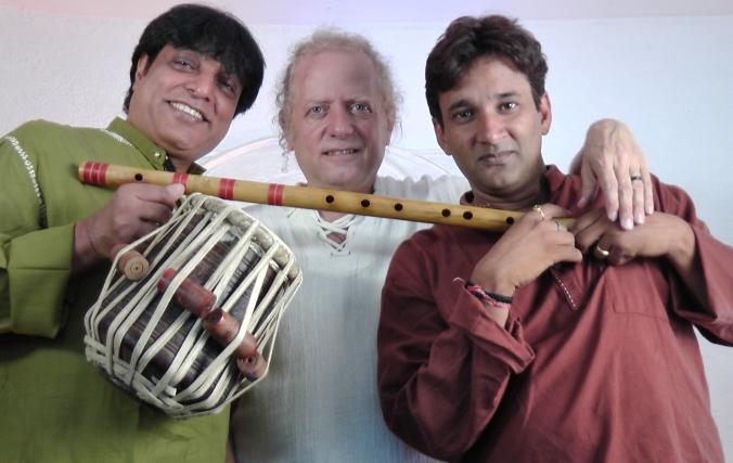 Hanif Khan, Rechungpa, Dinesh Mishra. Foto: Veranstalter