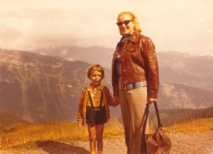 Natürlich besaß ich für den zünftigen Bergurlaub auch eine Lederhose. Fot: Archiv