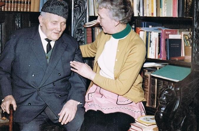 Otto Wohlgemuth um  1964 im Bügeleisenhaus. Foto: Heimatverein