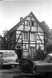 Otto Wohlgemuths Geburtshaus an der Langenberger Straße 5. Foto: Werth/Sammlung Heimatverein