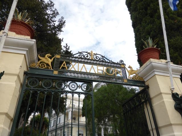 Die ehemalige venezianische Villa Braila bei Gastouri, die Kaiserin Elisabeth zum Achillion umgestalten ließ. Foto: Lars Friedrich