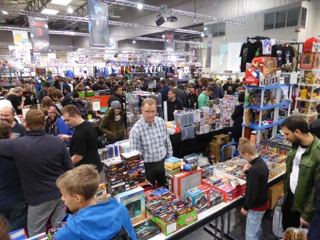 Stöbern erwünscht: die Retrobörse auf der Comic Con 2015. Foto: Lars Friedrich