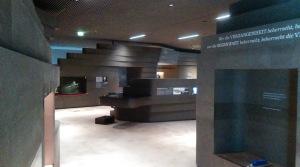 Schaukästen, Hörnieschen und Schubladen mit Sonderinformationen: der Ausstellungsraum. Foto: LRF