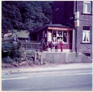 Der Kiosk gegenüber der Isenburg an der Nierenhofer Straße. Ein Foto, das Marco Scheper auf www.facebook.com/VintageHattingen postete.