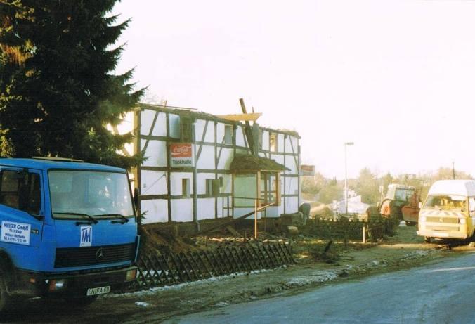 Trinkhalle an der Dorfstraße in Holthausen. Foto: Jürgen Schröder auf www.facebook.com/VintageHattingen