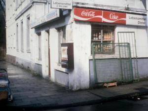 Kiosk an der Bahnhofstraße. Foto: Stefanie Schulte-Rolfes auf www.facebook.com/VintageHattingen