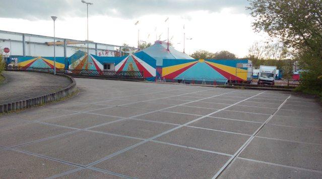 Als geborener Hattinger musste ich selbst lange suchen, bis ich den Zirkus auf dem früheren Werksgelände von O&K fand... Foto: LRF/HATZ