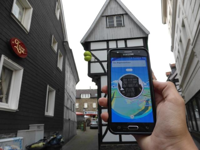 Kraftort Bügeleisenhaus: am dortigen Pokéstop tanken die Pokémons Energie für ihre Arena-Kämpfe, Foto: Lars Friedrich
