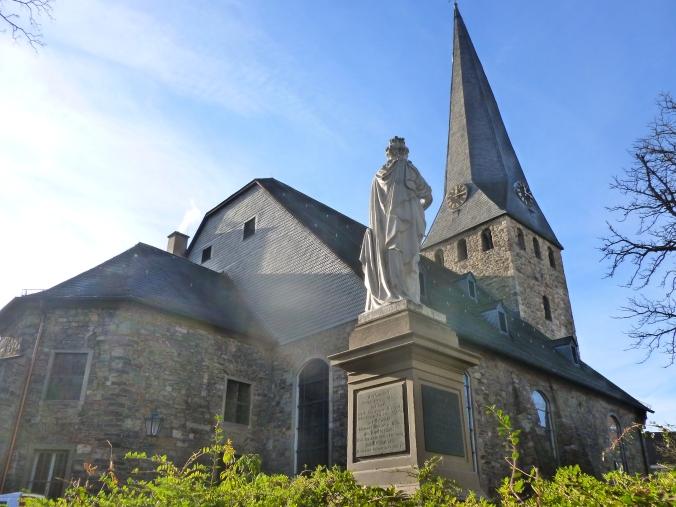 Mittelpunkt der Hattinger Altstadt: die St. Georgs-Kirche. Foto: privat