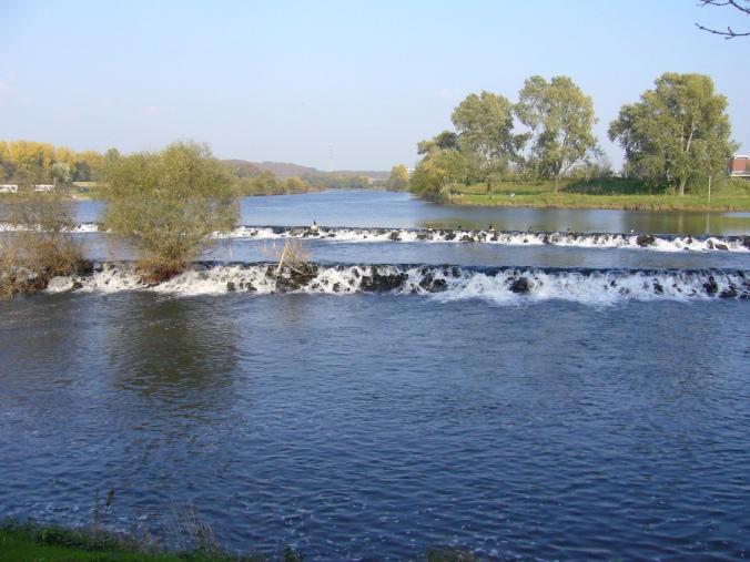 Hinter dem Hattinger Ruhrwehr starten die Kanutouren. Foto: privat