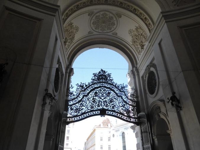 Wien/Michaelerkuppel der Hofburg. Foto: Lars Friedrich